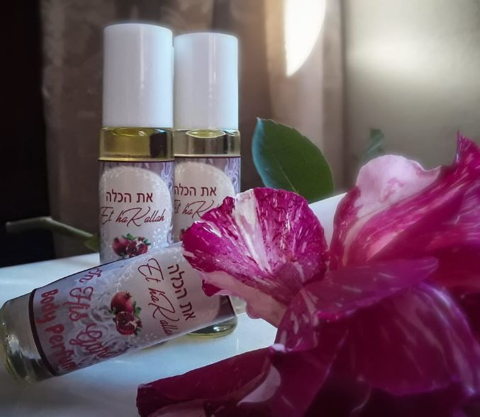 In His Garden Body Perfume Oil - 10ml Roller